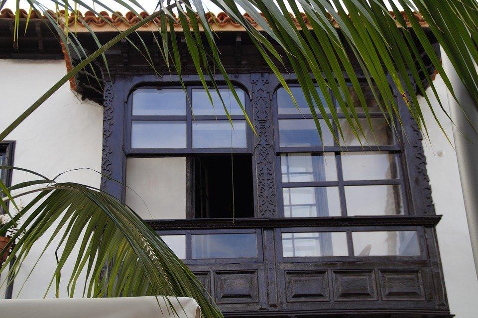 Quels volets pour une baie vitrée ?